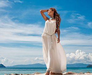 текст песни «В белом платье с пояском»